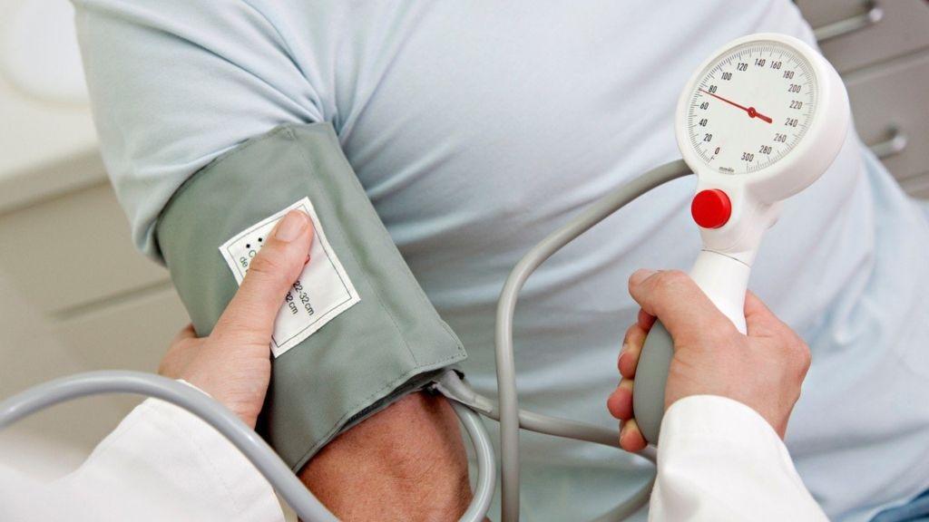 jázmin és magas vérnyomás magas vérnyomás tünetei fejfájás