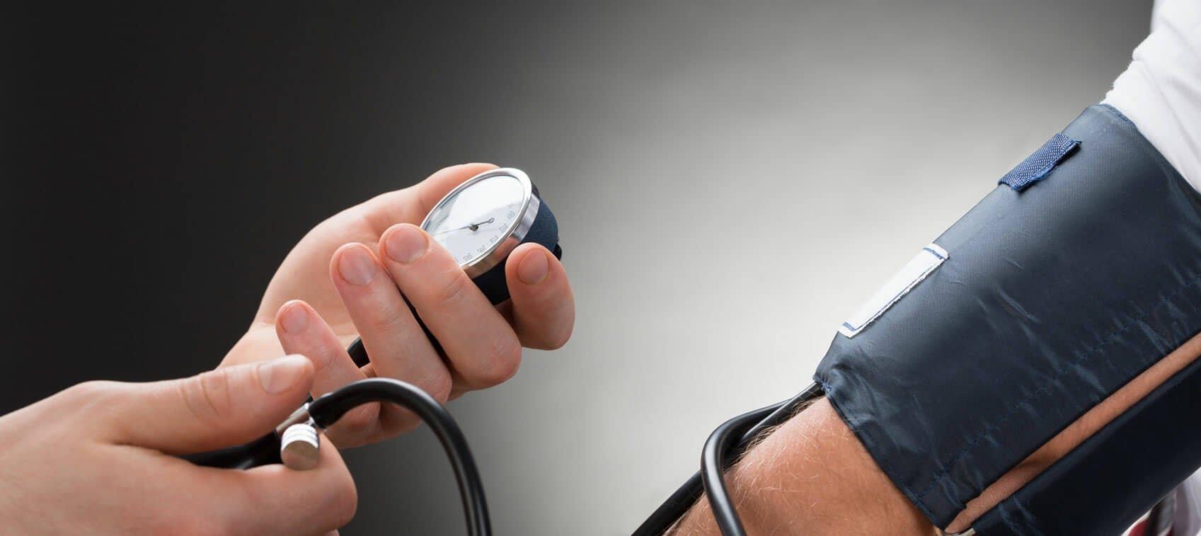 egyszerre gyógyítja a magas vérnyomást lehet-e magas vérnyomású bradycardia