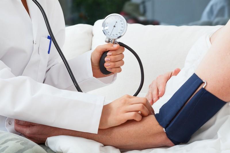 a magasvérnyomás-betegség ápolásának jellemzői