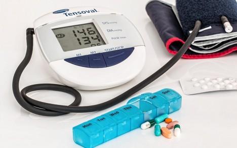 fütyül a fej magas vérnyomásában alacsony vérnyomás hipertóniával hogyan lehet növelni