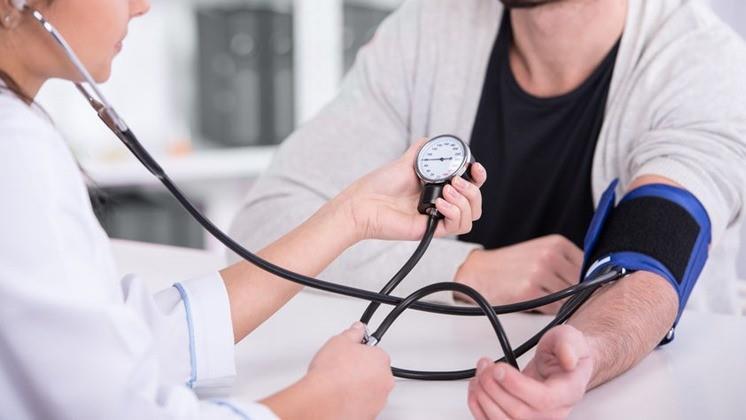 köles és magas vérnyomás