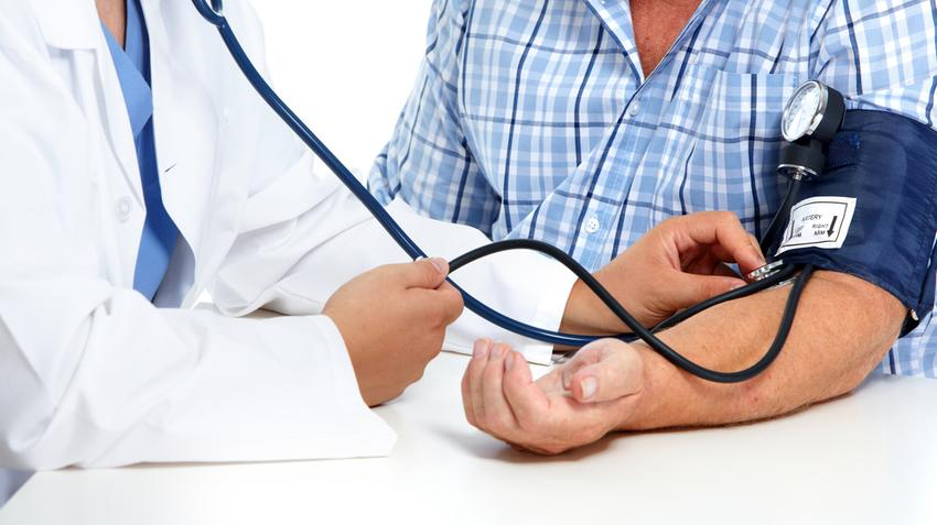 a magas vérnyomás megfullad