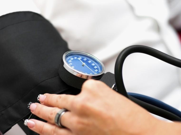 Ezért olyan veszélyes a magas vérnyomás - A magas vérnyomásra utaló jelek - hunkundance.hu