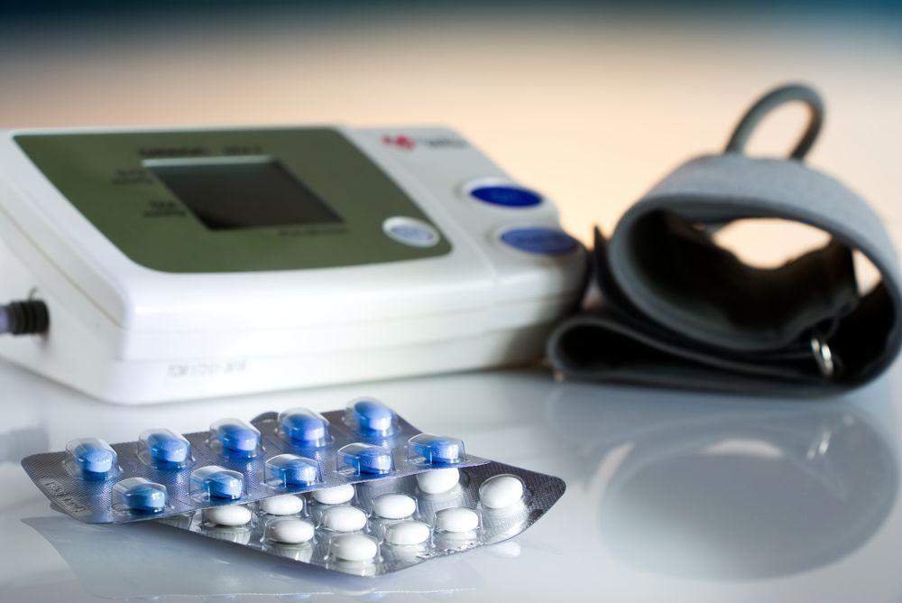 gyógyszerek magas vérnyomás kezelésére férfiak számára magas vérnyomás okozta károsodás
