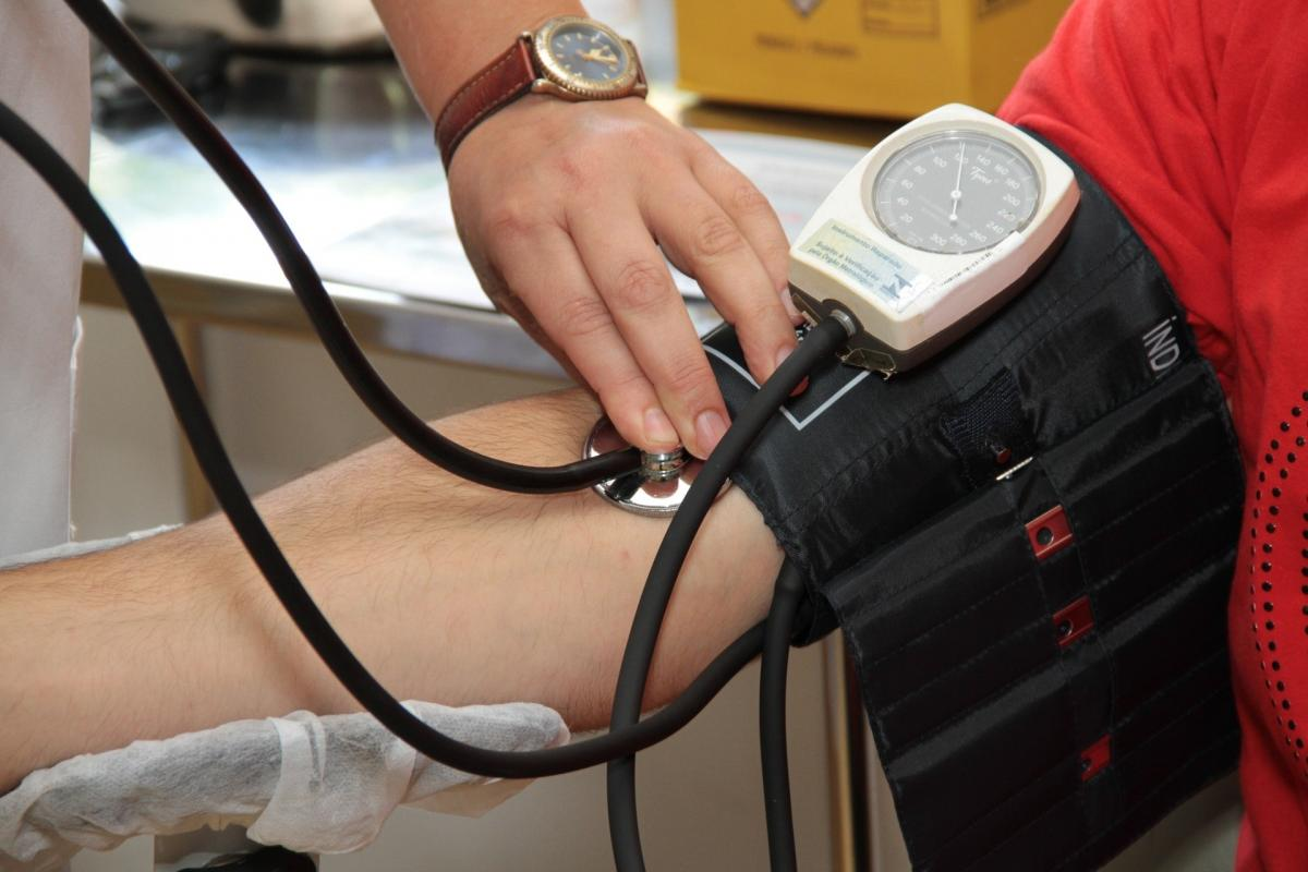 táplálkozási rendszer magas vérnyomás esetén élő víz a magas vérnyomás kezelésében